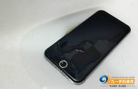 苹果6进水不开机处理方法分享